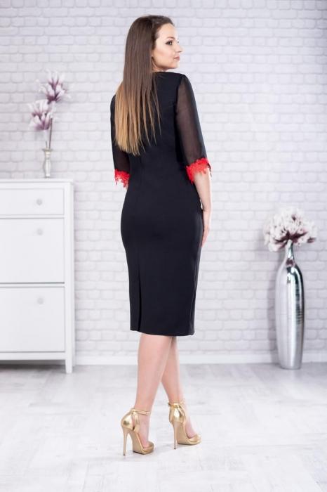 Rochie eleganta de zi neagra cu broderie rosie marimi mari Aurora 2